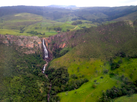 At the source of the Cerradão Waterfall, a privileged site, Otinho and Eliane Freitas produce cheese on their Matinha Farm